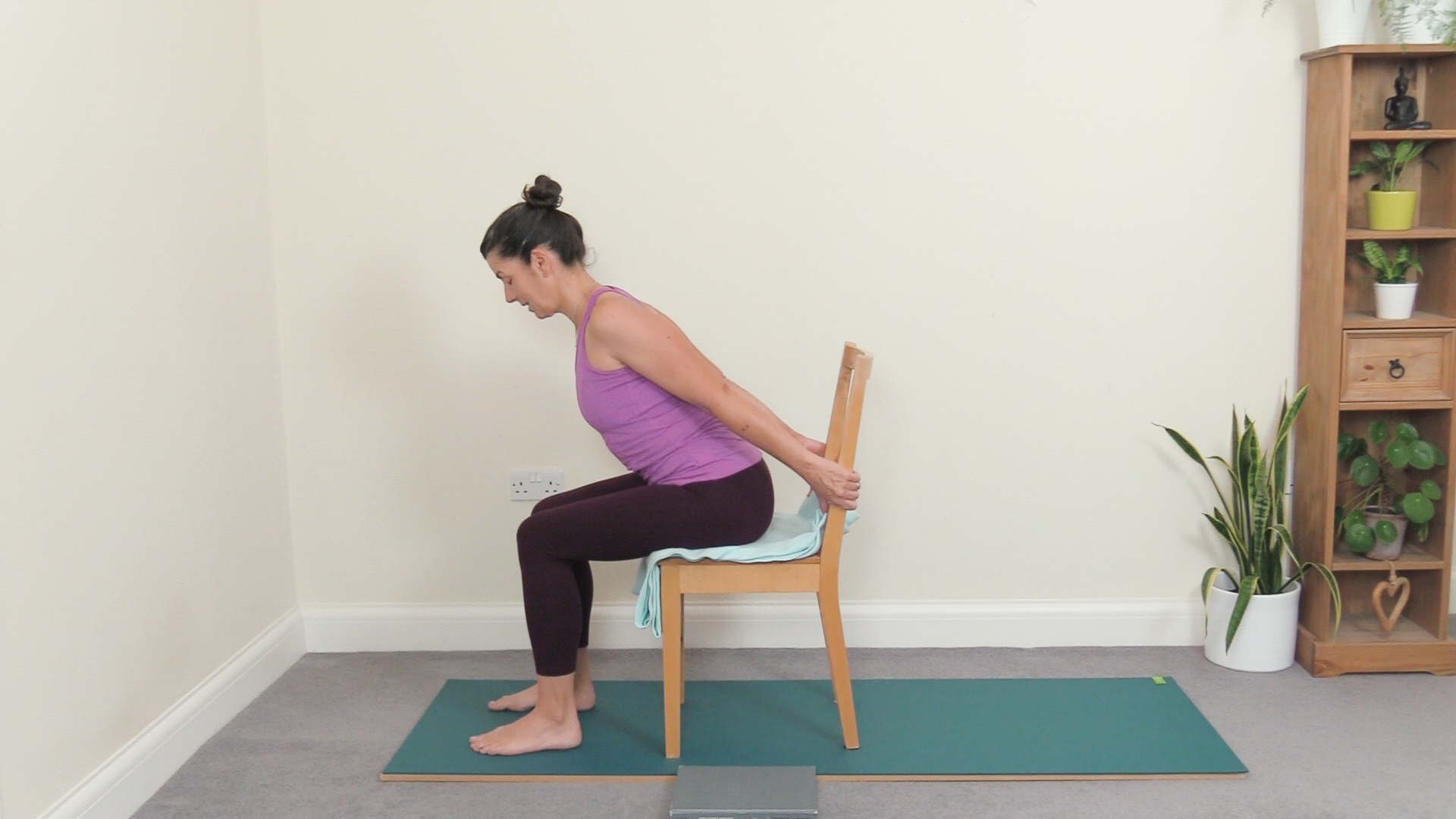 gentle-seated-chair-sequence